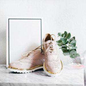 jak dopasować buty do sukienki