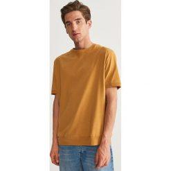 T-shirt z bawełny organicznej - Żółty. Żółte t-shirty męskie Reserved, l, z bawełny. Za 59,99 zł.