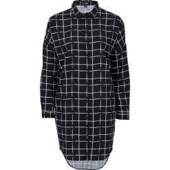 Długa bluzka z opuszczanymi ramionami bonprix czarno-biały w kratę. Białe bluzki longsleeves marki bonprix, z nadrukiem. Za 49,99 zł.