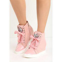 Różowe Sneakersy Kassi. Czerwone sneakersy damskie Born2be, z materiału. Za 89,99 zł.
