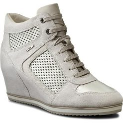 Sneakersy GEOX - D Illusion B D7254B 022BV C0451 Off Wht/Platinum. Szare sneakersy damskie marki Geox, z gumy. W wyprzedaży za 369,00 zł.