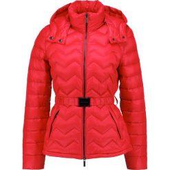 Odzież damska: Armani Exchange Kurtka puchowa red