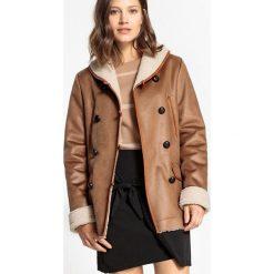 Płaszcze damskie pastelowe: Płaszcz krótki