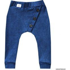 Spodnie dresowe niebieski jeans 68-134 / BUGZY. Niebieskie chinosy chłopięce Pakamera, z dresówki. Za 69,00 zł.