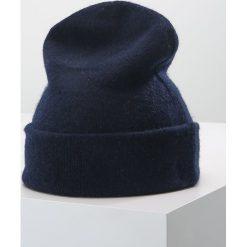 Polo Ralph Lauren CUFF HAT Czapka bright navy. Niebieskie czapki zimowe damskie Polo Ralph Lauren, z kaszmiru. W wyprzedaży za 377,10 zł.