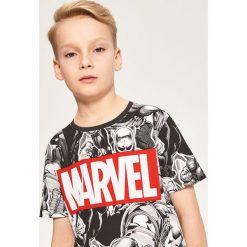 T-shirty chłopięce: T-shirt marvel – Czarny