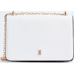 Torebki klasyczne damskie: Mini torebka na łańcuszku – Biały
