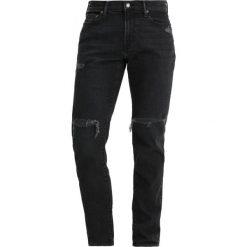 Abercrombie & Fitch Jeansy Slim Fit black wash. Czarne rurki męskie Abercrombie & Fitch. W wyprzedaży za 368,10 zł.