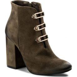 Botki CARINII - B4132 I43-000-PSK-C00. Różowe buty zimowe damskie marki Carinii, z materiału, z okrągłym noskiem, na obcasie. W wyprzedaży za 229,00 zł.