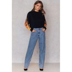 Bluzy rozpinane damskie: NA-KD Trend Bluza z płomieniami na rękawach - Black,Multicolor