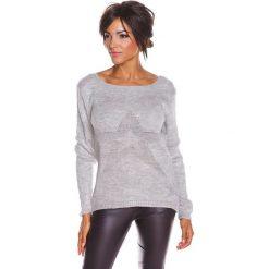 """Sweter """"Jostine"""" w kolorze jasnoszarym. Swetry klasyczne damskie 100% Maille, s, ze splotem, z okrągłym kołnierzem. W wyprzedaży za 108,95 zł."""