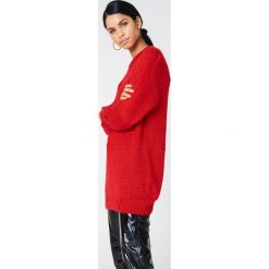 Swetry oversize damskie: Hot & Delicious Sweter oversize z dzianiny Solid – Red