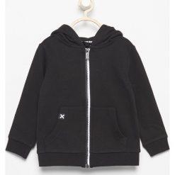 Bluza z napisem Hero - Czarny. Białe bluzy niemowlęce marki FOUGANZA, z bawełny. Za 49,99 zł.