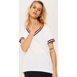 T-shirt ze ściągaczami - Biały. Niebieskie t-shirty damskie marki House, m. Za 35,99 zł.