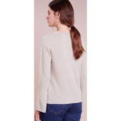 Swetry klasyczne damskie: FTC Cashmere Sweter hazelnut