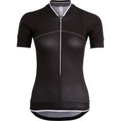 Craft BELLE  Tshirt z nadrukiem black. Czarne t-shirty damskie Craft, m, z nadrukiem, z elastanu. W wyprzedaży za 265,30 zł.