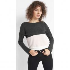 Lekki sweter w pasy. Szare swetry oversize damskie marki Orsay, s, z dzianiny. Za 49,99 zł.
