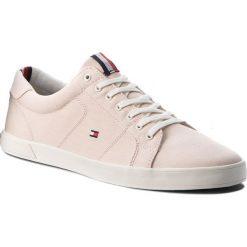 Tenisówki TOMMY HILFIGER - Iconic Long Lace Sneaker FM0FM01669 Silver Peony 642. Czerwone tenisówki męskie marki TOMMY HILFIGER, z gumy. W wyprzedaży za 229,00 zł.