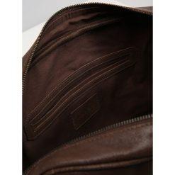 Pier One Torba na ramię dark brown. Brązowe torby na ramię męskie marki Pier One, na ramię, małe. Za 379,00 zł.