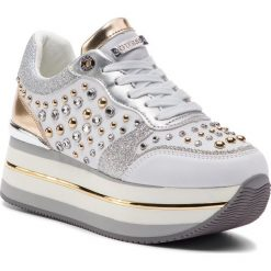 Sneakersy GUESS - FL5HAM ELE12  WHITE. Białe sneakersy damskie Guess, z materiału. Za 739,00 zł.