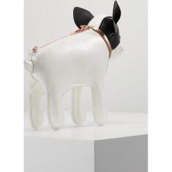 Ted Baker HOUND DOG CROSS BODY Torba na ramię white. Białe torebki klasyczne damskie Ted Baker. Za 549,00 zł.