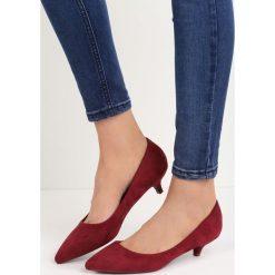 Bordowe Czółenka Ducky Duck. Czerwone buty ślubne damskie Born2be, ze szpiczastym noskiem, na obcasie. Za 49,99 zł.