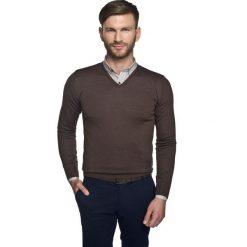 Swetry klasyczne męskie: sweter valero w serek brąz 0001