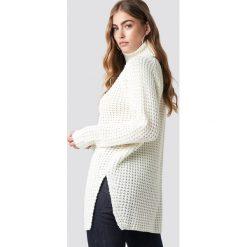 Rut&Circle Sweter z golfem Samira - White,Offwhite. Białe golfy damskie Rut&Circle, z długim rękawem. Za 161,95 zł.