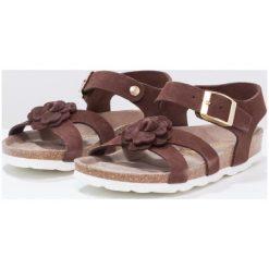 Genuins CHIETI  Sandały brown. Brązowe sandały chłopięce Genuins, z materiału, z otwartym noskiem. W wyprzedaży za 160,30 zł.