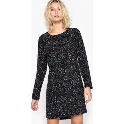 Długie sukienki: Prosta, krótka, wzorzysta sukienka, długi rękaw