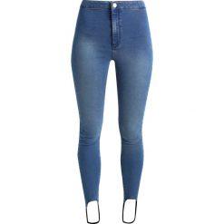 Miss Selfridge STIRRUP STEFFI  Jeans Skinny Fit mid denim. Niebieskie boyfriendy damskie Miss Selfridge. W wyprzedaży za 125,40 zł.