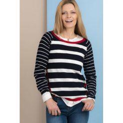 Swetry klasyczne damskie: Marynarski sweter w paski