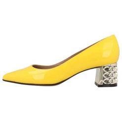 Czółenka: Skórzane czółenka w kolorze żółtym