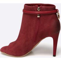 Carinii - Botki. Szare buty zimowe damskie Carinii, z materiału, z otwartym noskiem, na obcasie. W wyprzedaży za 179,90 zł.