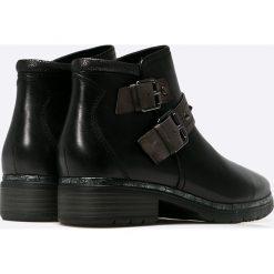 Jana - Botki. Czarne buty zimowe damskie Jana, z materiału, na obcasie. W wyprzedaży za 139,90 zł.