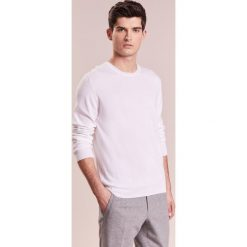 Swetry męskie: Johnstons Cashmere CNECK Sweter offwhite