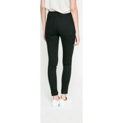 Noisy May - Jeansy. Czarne jeansy damskie marki Noisy May, z bawełny. W wyprzedaży za 79,90 zł.