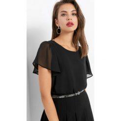 Koszulka z motylkowym rękawem. Czarne bluzki z odkrytymi ramionami marki Orsay, s, z dzianiny. W wyprzedaży za 55,00 zł.