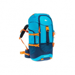Plecak turystyczny Forclaz 40 l Junior. Niebieskie plecaki męskie marki QUECHUA, z materiału. Za 149,99 zł.