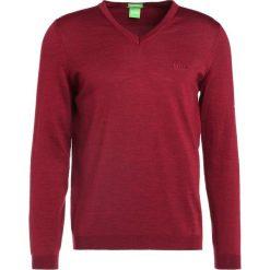 Swetry klasyczne męskie: BOSS Green CALLUM REGULAR FIT Sweter rhubarb