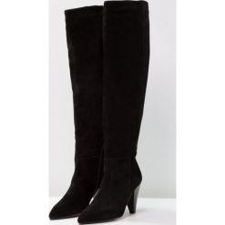Topshop BOX SLOUCH HI LEG  Muszkieterki black. Czarne buty zimowe damskie marki Topshop, z materiału. W wyprzedaży za 431,20 zł.