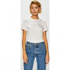 Calvin Klein Jeans - Top. Szare topy damskie Calvin Klein Jeans, l, z nadrukiem, z bawełny, z okrągłym kołnierzem. Za 179,90 zł.