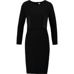 Sukienki hiszpanki: khujo OREGA Sukienka etui black