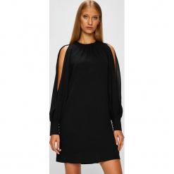 Morgan - Sukienka. Sukienki małe czarne marki Mohito, l, proste. Za 329,90 zł.