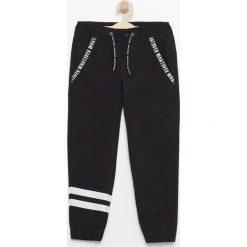Odzież chłopięca: Spodnie jogger - Czarny