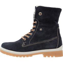 Tamaris Botki sznurowane navy. Niebieskie buty zimowe damskie marki Tamaris, z materiału, na sznurówki. W wyprzedaży za 271,20 zł.