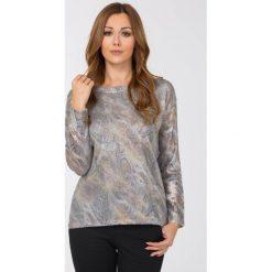 Swetry klasyczne damskie: Sweter z wężowym wzorem