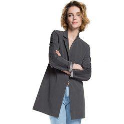 Płaszcz damski 86-9W-101-8. Czerwone płaszcze damskie marki Wittchen, s, z futra, z kapturem. Za 459,00 zł.