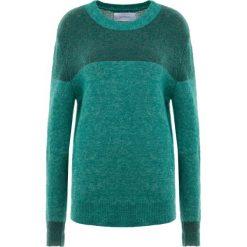 Holzweiler MACAW Sweter light green melange. Zielone swetry klasyczne damskie Holzweiler, s, z elastanu. Za 989,00 zł.