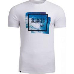T-shirt męski TSM608 - biały - Outhorn. Białe t-shirty męskie Outhorn, na lato, m, z materiału. W wyprzedaży za 29,99 zł.